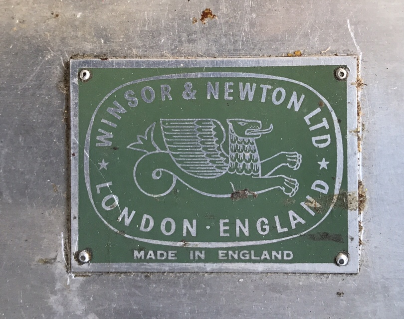 The Winsor and Newton maker's mark